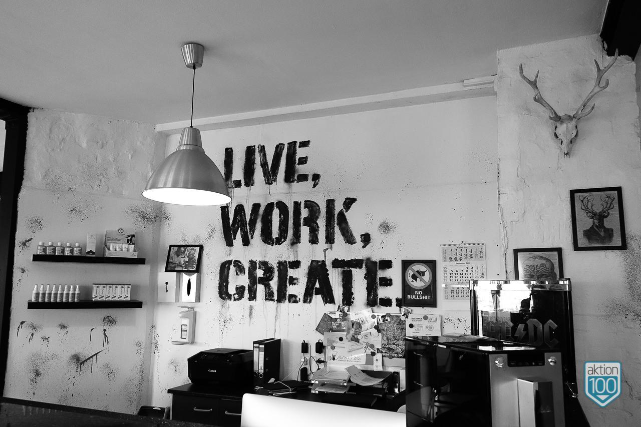 Live, work, create. Wandbeschriftung Color Clinic Leipzig
