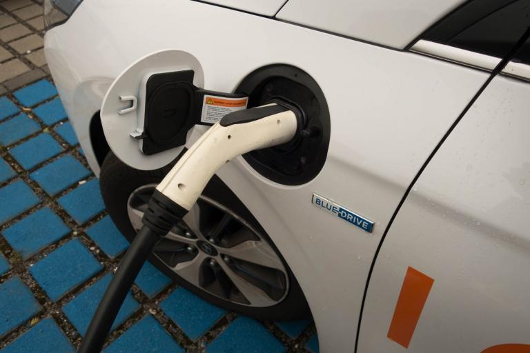 Elektrischer Ladevorgang des Hyundai IONIQ Plug-In Hybrid