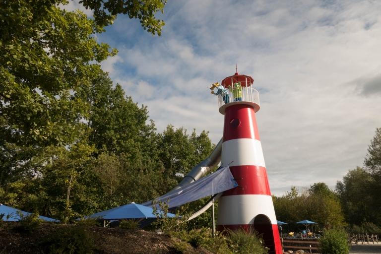Hein Blöd steht auf dem Leuchtturm im Ravensburger Spieleland