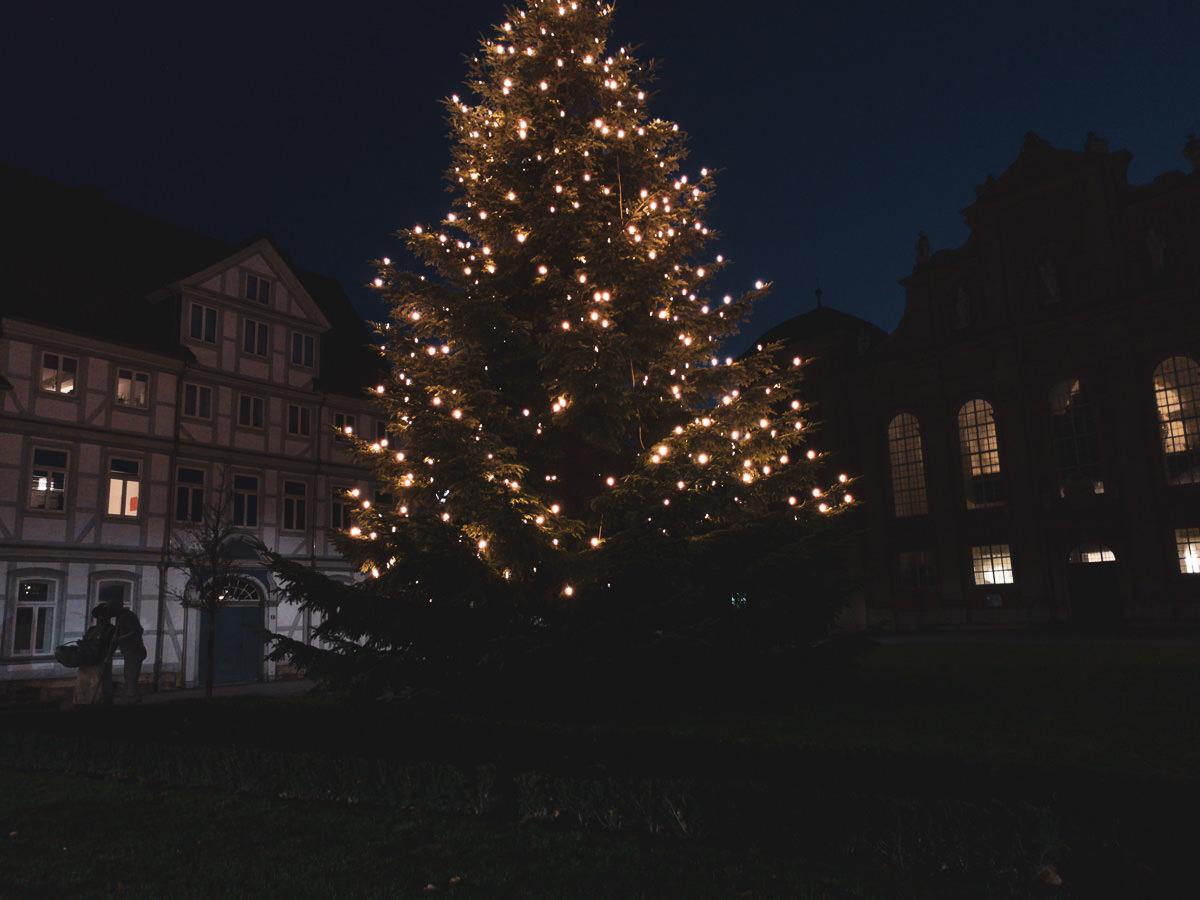 Weihnachtsbaum mit dem Gärtnerpärchen von Wolfenbüttel